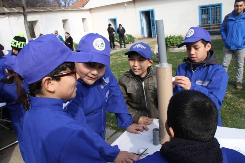 Escuela-de-Astronautas-Mostazal-Chile-4-800x533