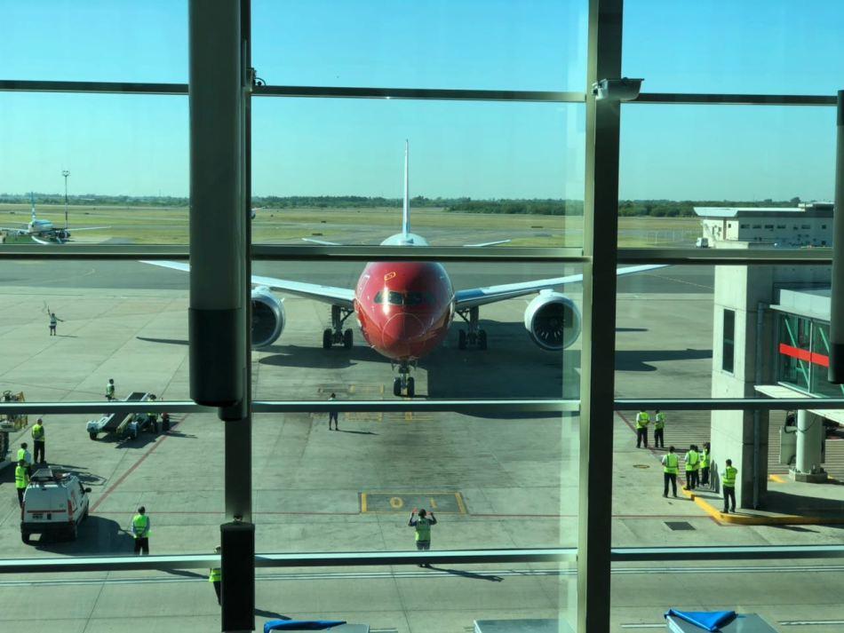 Norwegian-Boeing-787-9-inaugural-Bs-As-15FEB2018-930