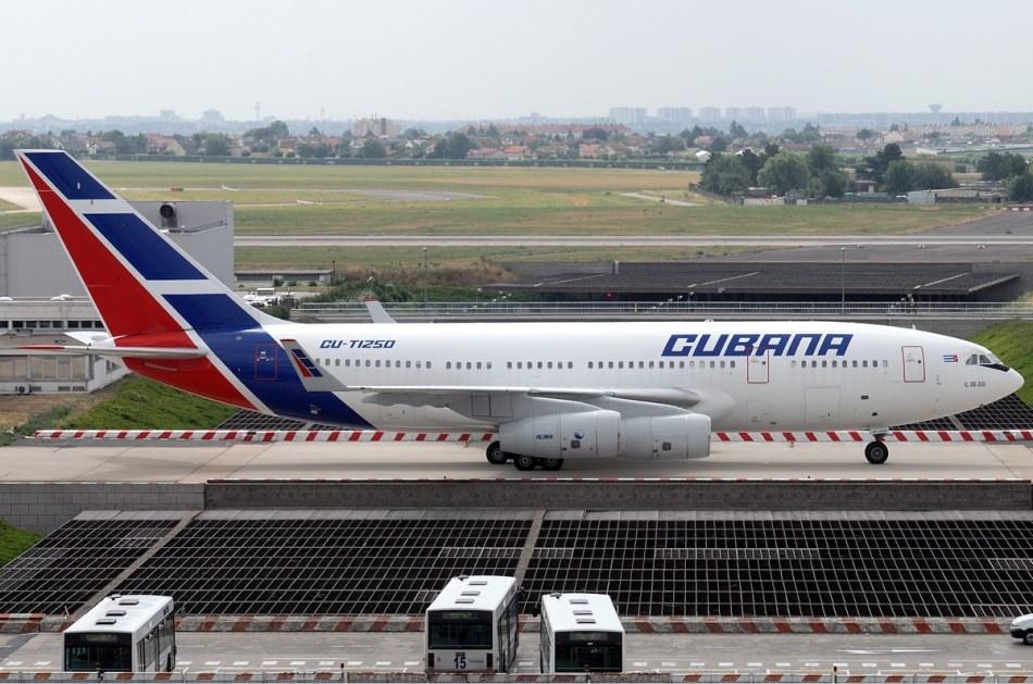 Cubana_Ilyushin_Il-96-300_Tang