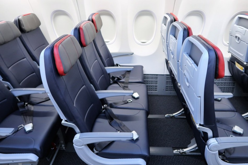 AA-737MAX-Main-Cabin-Extra-MCE-legroom