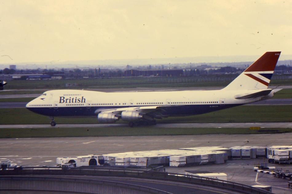 BA_747-200_G-BDXN_at_LHR_(16748337441)