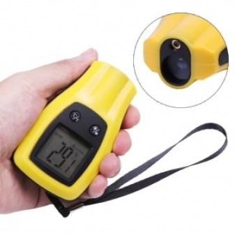 thermometre pyrometre à infrarouge de poche