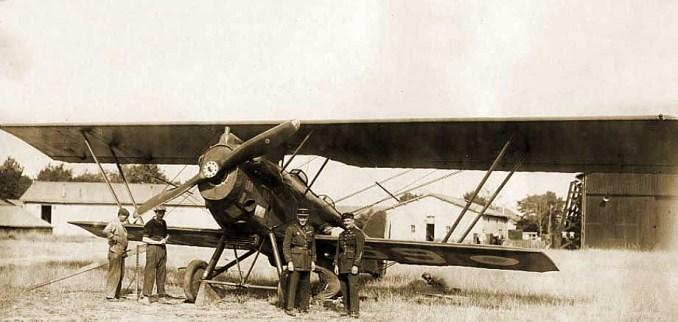 Victor Lasalle et Auguste Duroyon à Tours avec le Potez 25 n°70 sont arrivés le 14 juillet et repartis le 16 juillet 1928.