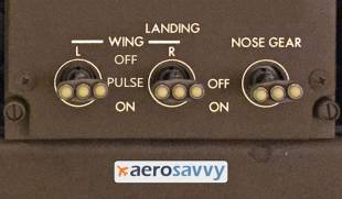 3-position switch for pulsing landing lights - Savvy Passenger Guide to Airplane Lights- AeroSavvy