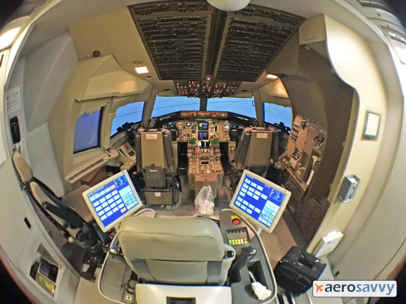 Boeing 767 Simulator - Recurrent Training - AeroSavvy