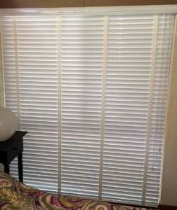 WHITE METAL BLIND CLOSED