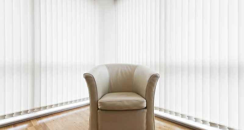 vert-blinds-top-header