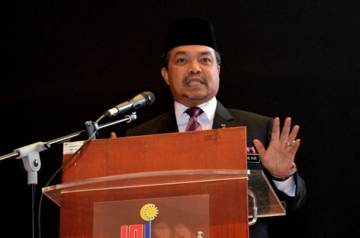 Malaysian minister of Islamic Affairs, YB Mejar Jeneral (B) Dato' Seri Jamil Khir Baharom delivering his speech at the Wacana Liberalisme: Agenda Jahat Illuminati, Kompleks Islam Putrajaya, 17th January 2017.