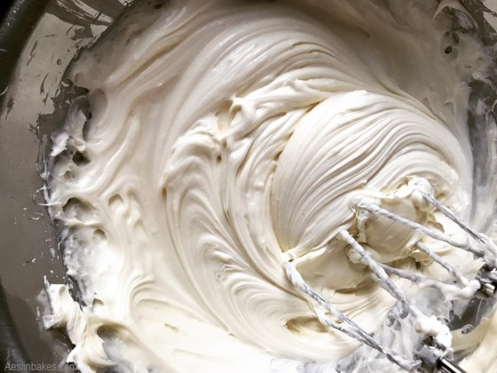 Whipped cream cheese icing