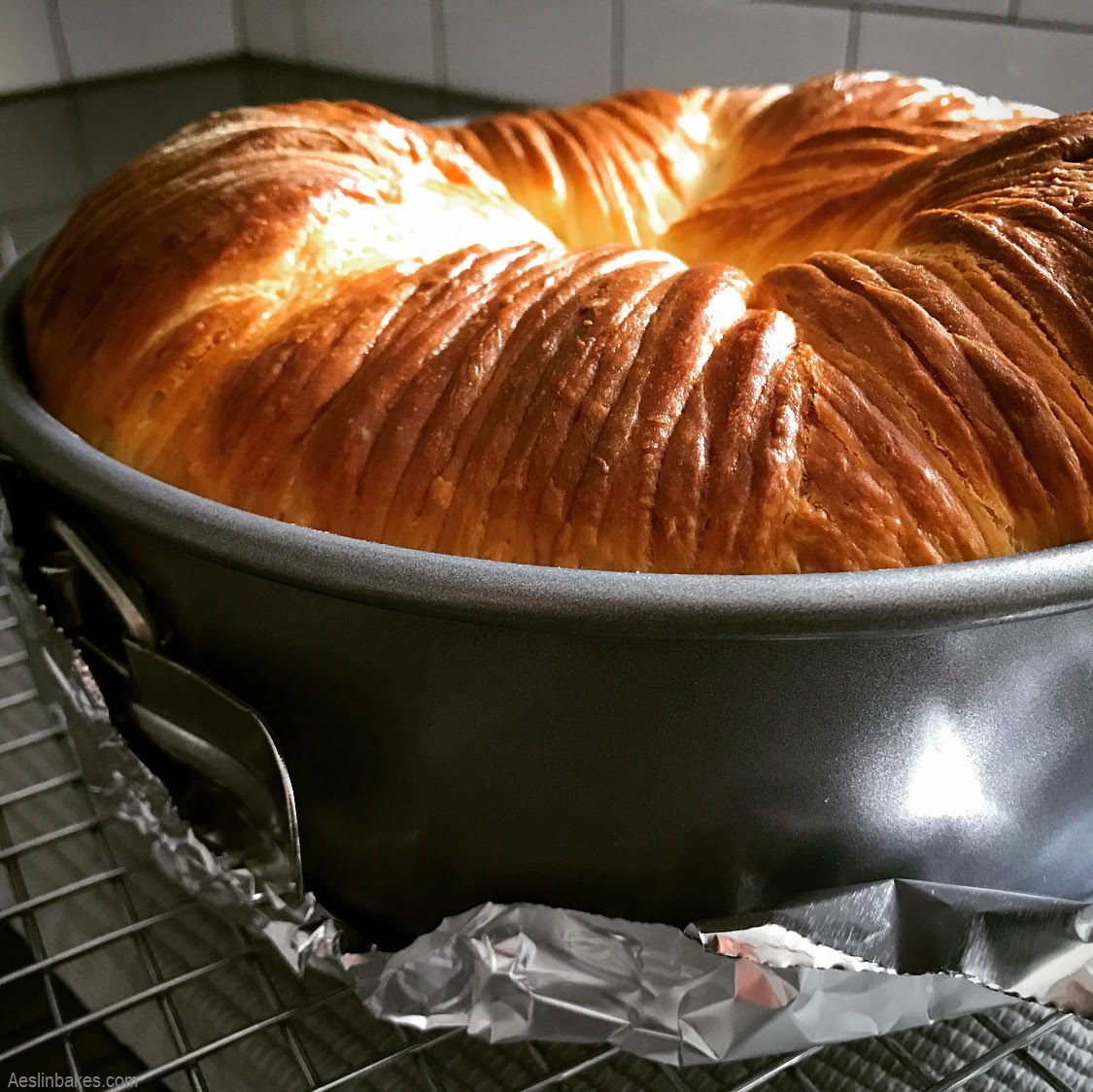 baked brioche wool roll loaf cooling top