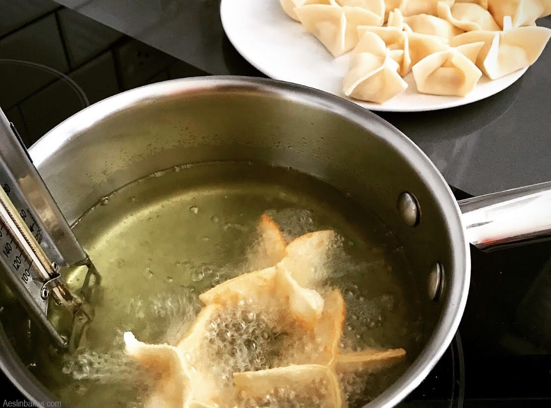 frying crab Rangoon