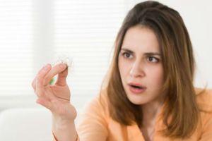 tratamento natural contra queda de cabelo feminino