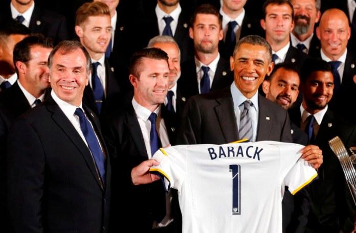 Barack Hussein Obama Saat Menjamu LA Galaxy di Gedung Putih