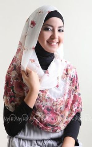 Koleksi Terlengkap Selendang Bagi Wanita Muslimah