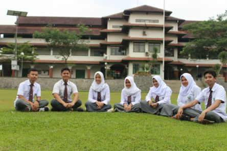 sekolah bsekolah boarding school terbaikoarding school terbaik