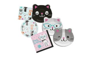 Cat-Shaped Plates