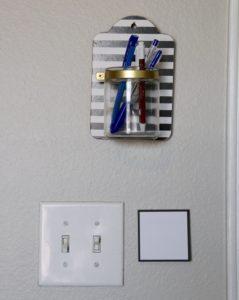 Post-its by the door