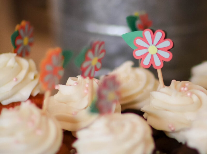 floral cupcake toppers