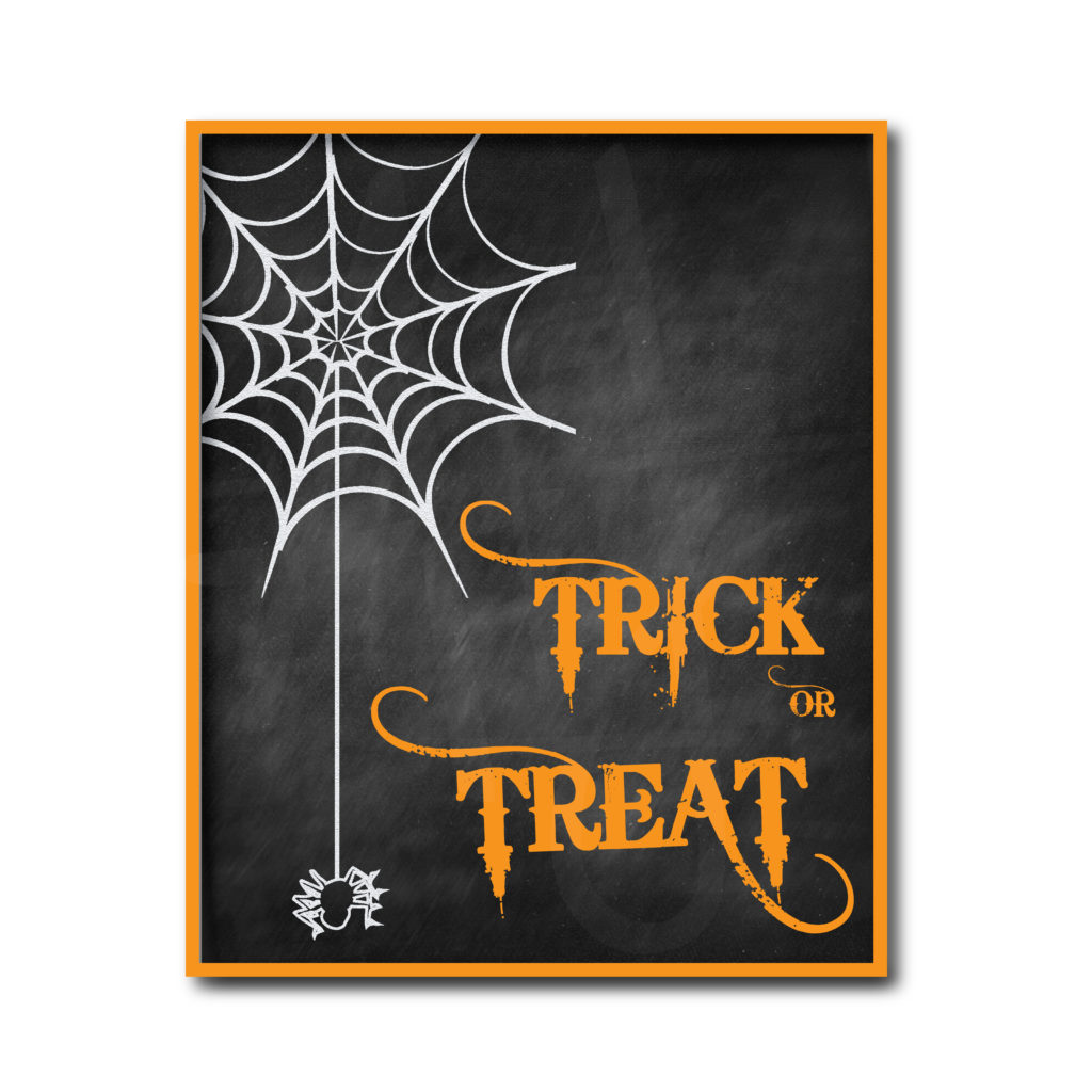 Chalkboard Trick or Treat Sign