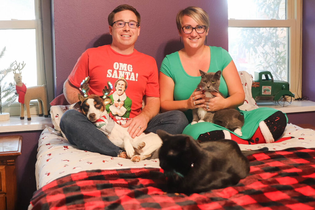 holiday photo with pets