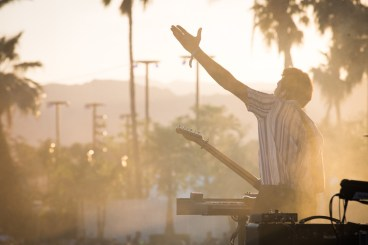 Oh Wonder performs at the Coachella Music Festival in Indio, California on April 14, 2017. (Photo: Brian Willette)