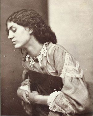 photo-of-jane-burden-morris-1858