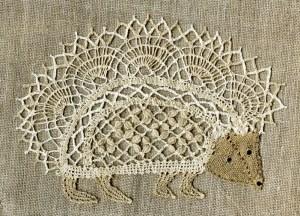 Jo Edkins' Bobbin Lace School: A Bobbin Lace Hedgehog