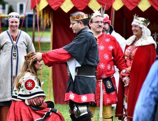 Maynard crowns Liadain Princess