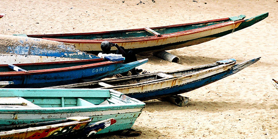Senegal-boats_564x282