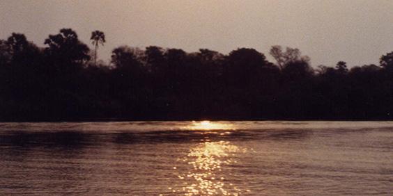 Zimbabwe-Zambezi-River_564x282