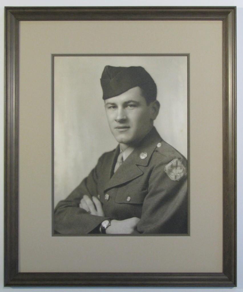 WWII-soldier-portrait-frame