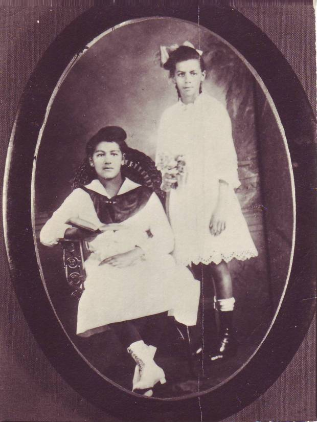 Mamie&hattie 001