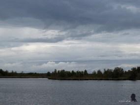 donkere wolken boven het Fochtelooërveen, 11-9-2013