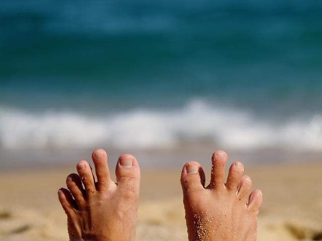 foot-1575105_640