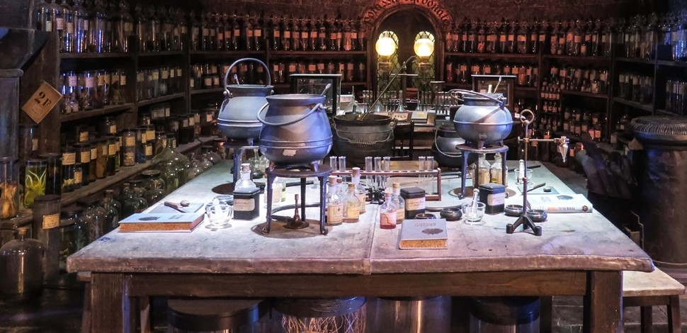 Harry Potter Exhibition e cofanetti Wizarding World per il 20° anniversario