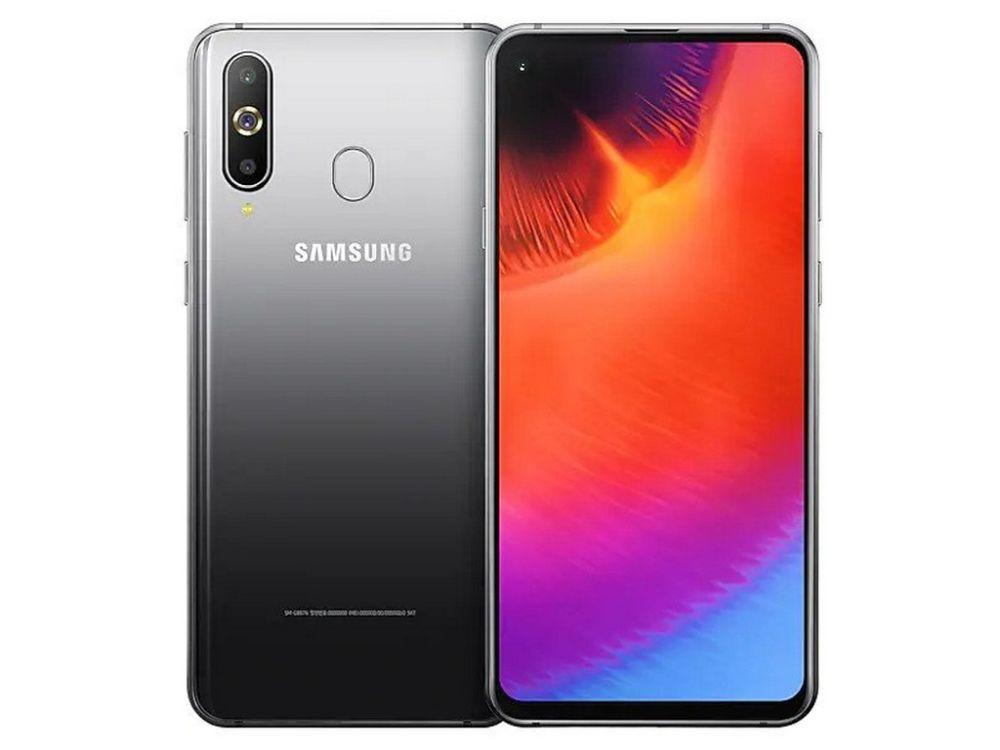 Galaxy A9 Pro (2019): arriva in Europa il buco nel display