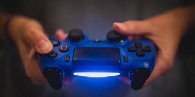 """PlayStation 5: 8K, SSD, """"nuovo"""" audio 3D… e chissà cos'altro"""
