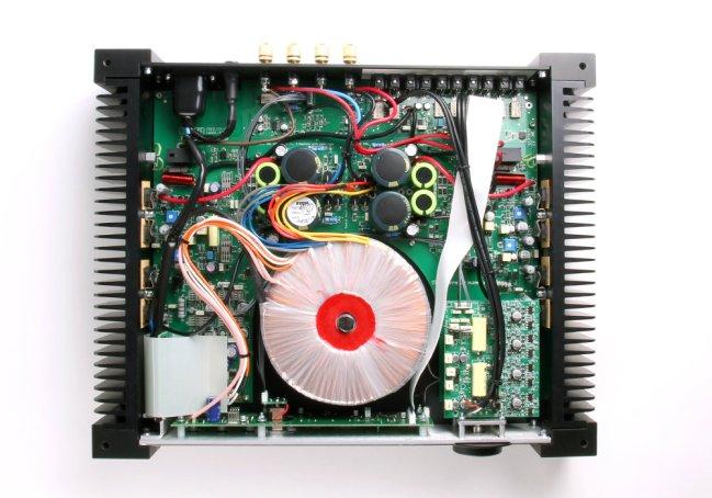Rega Aethos: l'amplificatore stereo si fa premium