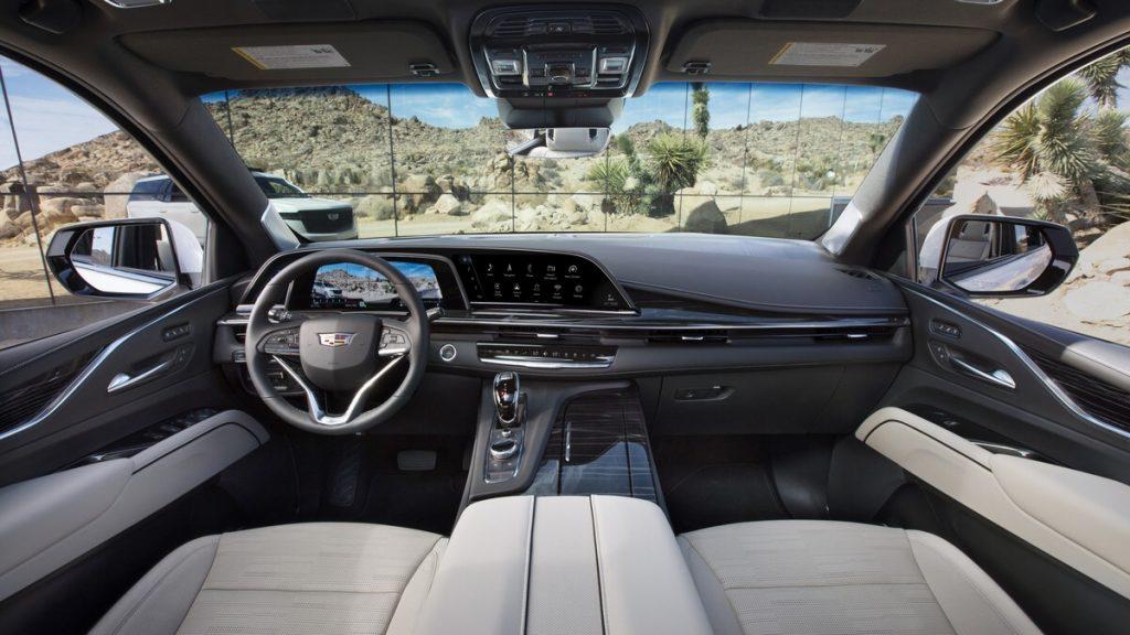 LG - Brevetti e P-OLED sulla Cadillac Escalade 2021