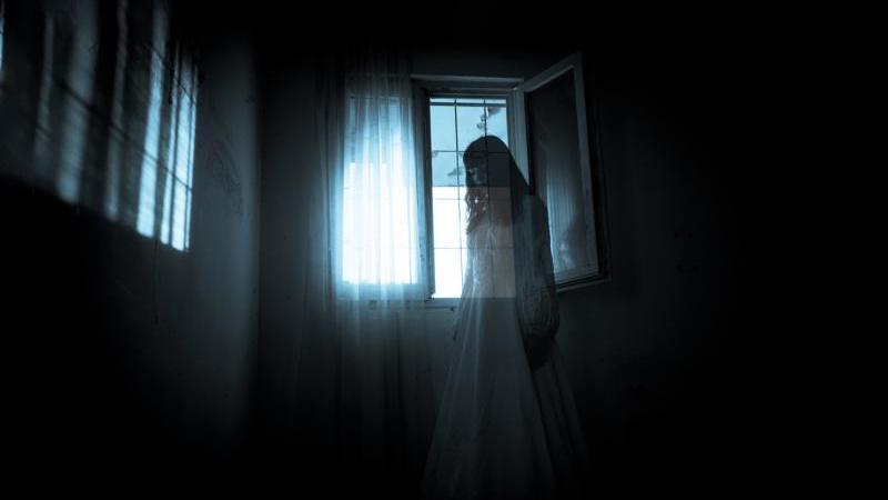 قصة مرعبة المرأة الغريبة