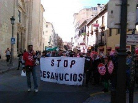 stop desahucios en la huelga estudiantil
