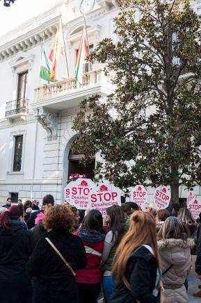Stop Desahucios en el Ayuntamiento de Granada