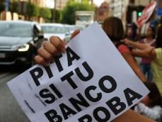 PitaSiTuBancoTeRoba-4