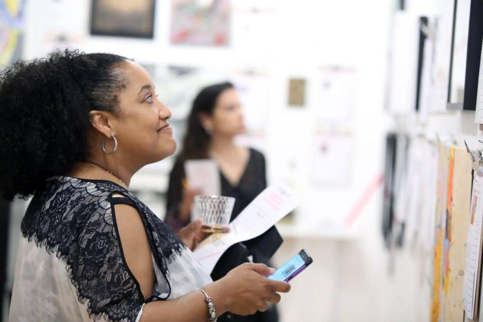 2017 Gallery Aferro auction patron