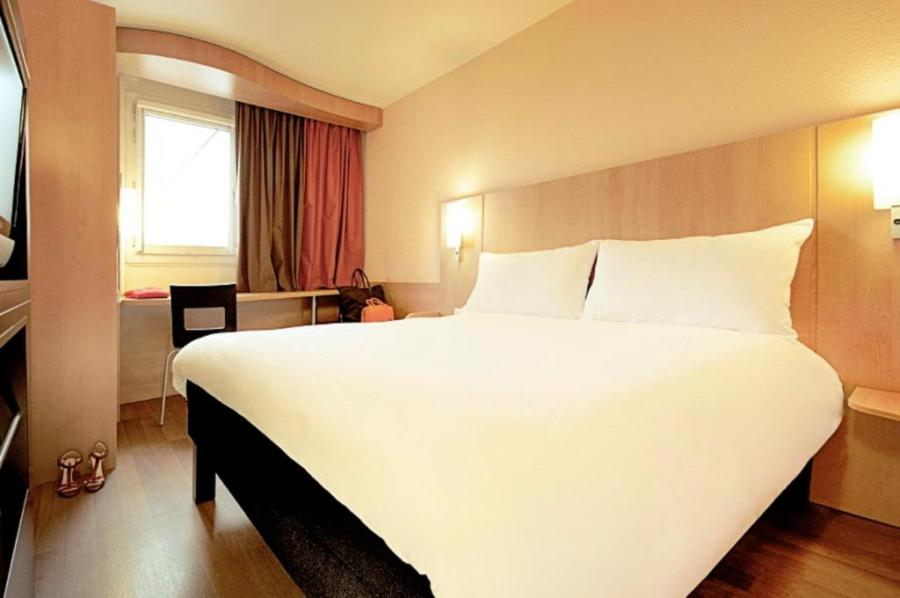 ibis Paris Porte D Orleans   Starting from 59 EUR   Hotel in     The