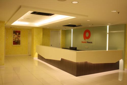Orange Premier Hotel Shamelin