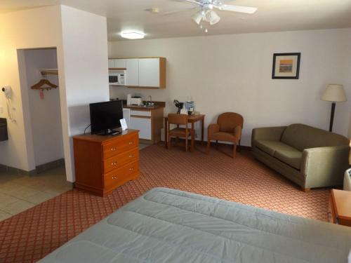 Cheap Sierra Vista AZ motels from  30 night   Motel reservations and     Sierra Vista Extended Stay Hotel photo