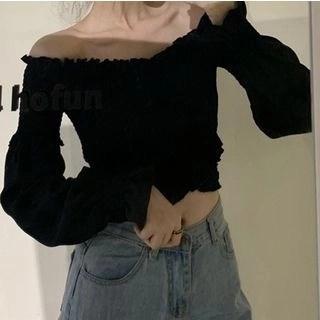 Shinsei Off-Shoulder Puff-Sleeve Blouse