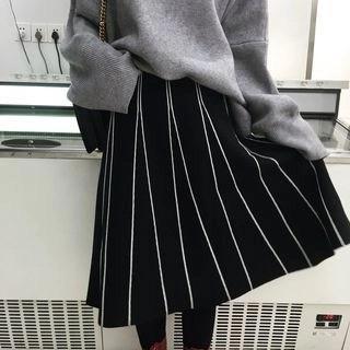 Kamakura Striped Midi Knit Skirt