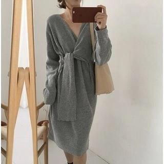 Finlo V-Neck Lace-Up Long-Sleeve Knit Dress